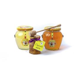 Pachet : 1Borcan cu miere...
